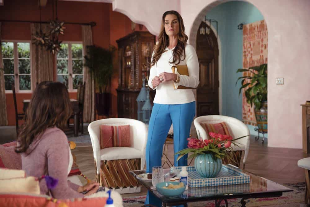 "Jane The Virgin -- ""Chapter Eighty"" -- Image Number: JAV416a_0024.jpg -- Pictured (L-R): Andrea Navedo as Xo and Brooke Shields as River Fields -- Photo: Jesse Giddings/The CW -- © 2018 The CW Network, LLC. All Rights Reserved."
