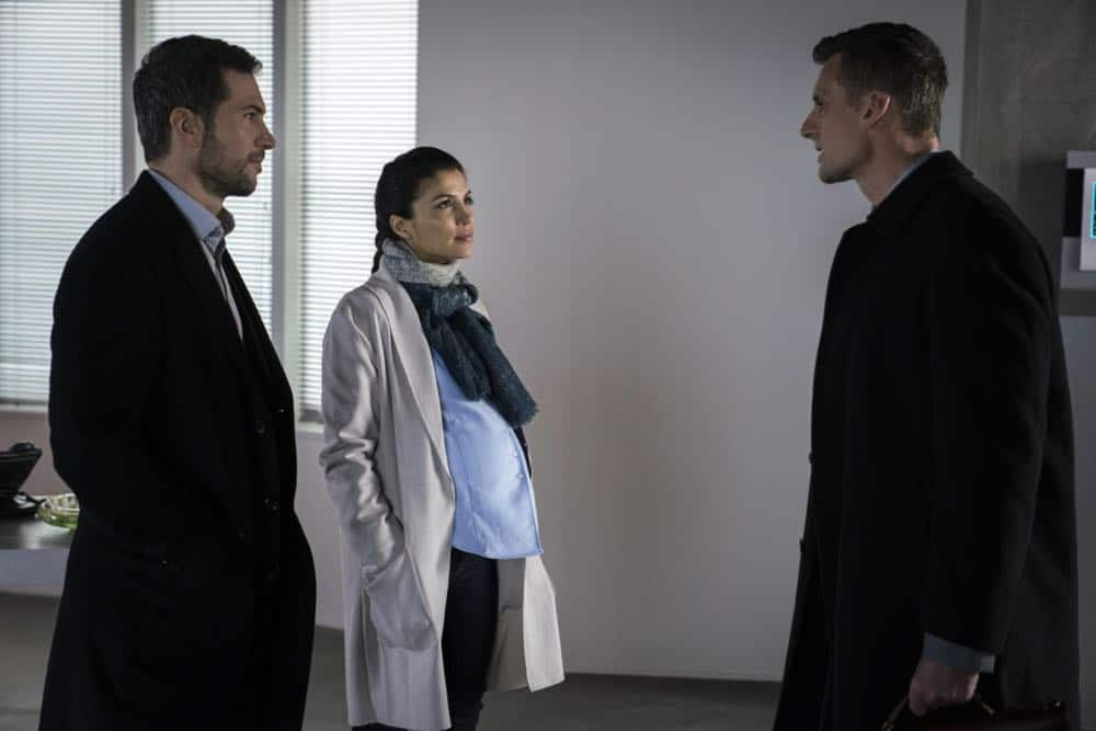 """""""Alters"""" -- As Eric and Zara provide risk assessment services at an investment bank, they are taken hostage by a gunman targeting a low-level accountant, and Eric must negotiate for their release, on RANSOM, Saturday, April 14 (8:00-9:00 PM, ET/PT) on the CBS Television Network.  Pictured: Luke Roberts (Eric Beaumont), Nazneen Contractor (Zara Hallam), Callum Blue (George Harris)  Photo: Dávid Lukács © 2018 Ransom Television Productions Inc."""