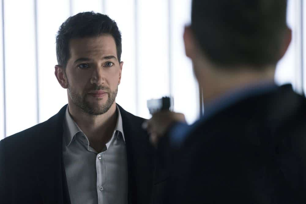 """Alters"" -- As Eric and Zara provide risk assessment services at an investment bank, they are taken hostage by a gunman targeting a low-level accountant, and Eric must negotiate for their release, on RANSOM, Saturday, April 14 (8:00-9:00 PM, ET/PT) on the CBS Television Network.  Pictured: Luke Roberts (Eric Beaumont)  Photo: Dávid Lukács © 2018 Ransom Television Productions Inc."