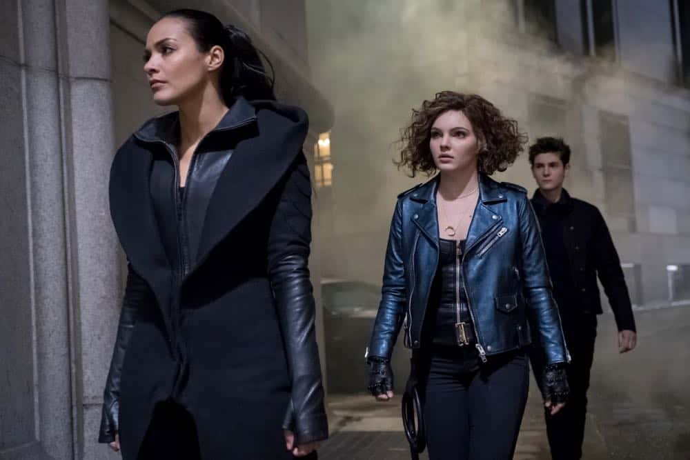 "GOTHAM: L-R: Jessica Lucas, Camren Bicondova and David Mazouz in the ""A Dark Knight: To Our Deaths and Beyond"" episode of GOTHAM airing Thursday, April 19 (8:00-9:00 PM ET/PT) on FOX. ©2018 Fox Broadcasting Co. Cr: FOX"