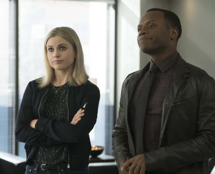 "iZombie -- ""Don't Hate the Player, Hate the Brain"" -- Image Number: ZMB407a_0284b.jpg -- Pictured (L-R): Rose McIver as Liv and Malcolm Goodwin as Clive -- Photo Credit: Katie Yu/The CW -- © 2018 The CW Network, LLC. All Rights Reserved"