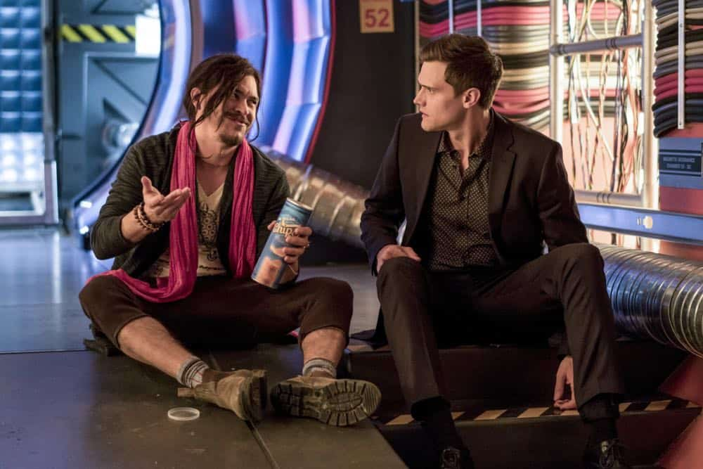 """The Flash -- """"Lose Yourself"""" -- Image Number: FLA418b_0081b.jpg -- Pictured (L-R): Arturo Del Puerto as Edwin Gauss and Hartley Sawyer as Dibney -- Photo: Katie Yu/The CW -- © 2018 The CW Network, LLC. All rights reserved"""