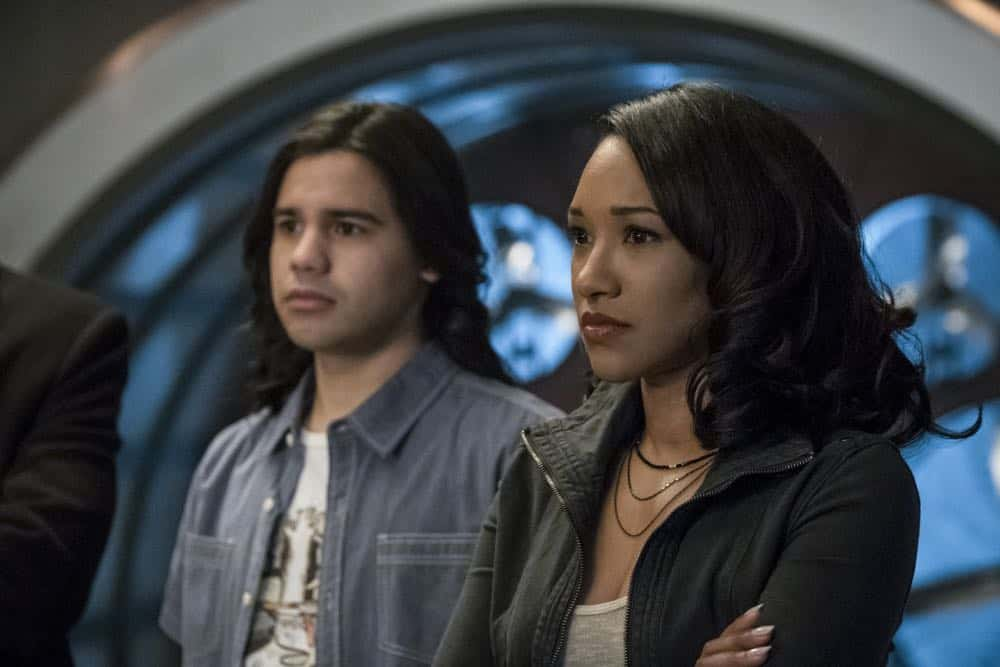 """The Flash -- """"Lose Yourself"""" -- Image Number: FLA418a_0155b.jpg -- Pictured (L-R): Carlos Valdes as Cisco Ramon and Candice Patton as Iris West -- Photo: Katie Yu/The CW -- © 2018 The CW Network, LLC. All rights reserved"""