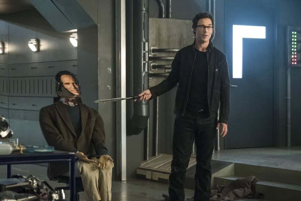 """The Flash -- """"Lose Yourself"""" -- Image Number: FLA418a_0205b.jpg -- Pictured: Tom Cavanagh as Harrison Wells -- Photo: Katie Yu/The CW -- © 2018 The CW Network, LLC. All rights reserved"""