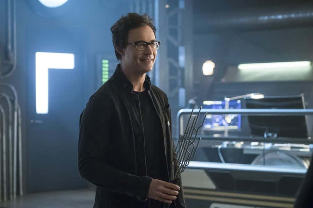 """The Flash -- """"Lose Yourself"""" -- Image Number: FLA418a_0228b.jpg -- Pictured: Tom Cavanagh as Harrison Wells -- Photo: Katie Yu/The CW -- © 2018 The CW Network, LLC. All rights reserved"""