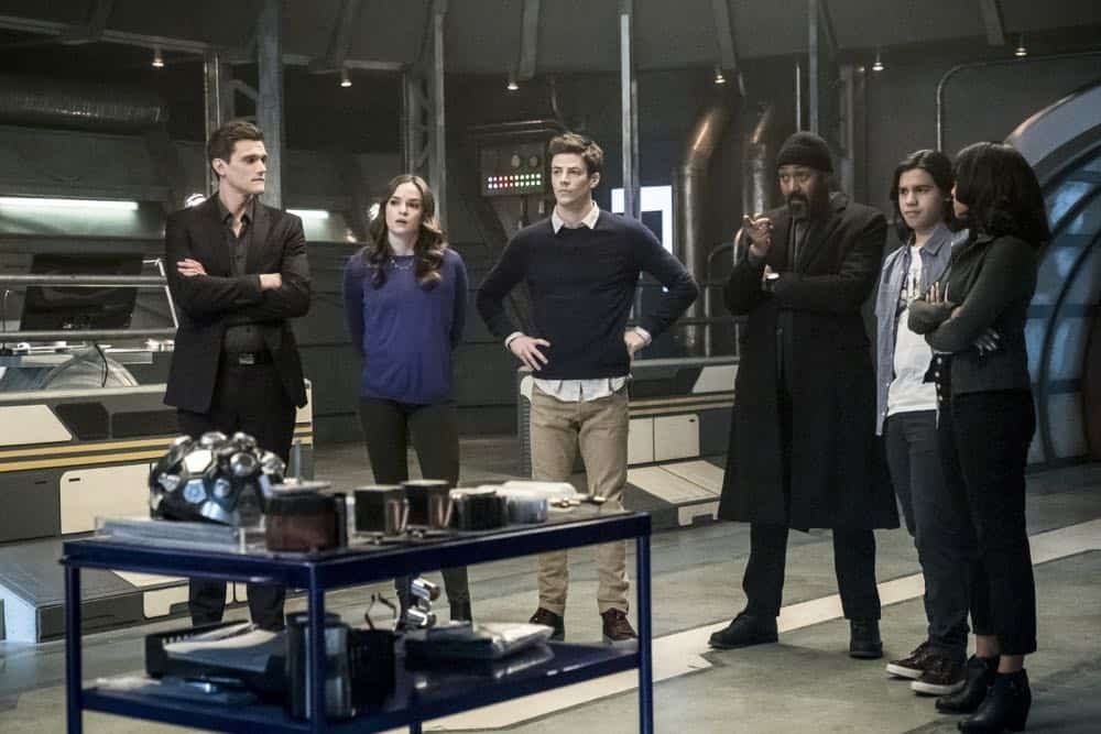 """The Flash -- """"Lose Yourself"""" -- Image Number: FLA418a_0086b.jpg -- Pictured (L-R): Hartley Sawyer as Dibney, Danielle Panabaker as Caitlin Snow, Grant Gustin as Barry Allen, Jesse L. Martin as Detective Joe West, Carlos Valdes as Cisco Ramon and Candice Patton as Iris West -- Photo: Katie Yu/The CW -- © 2018 The CW Network, LLC. All rights reserved"""