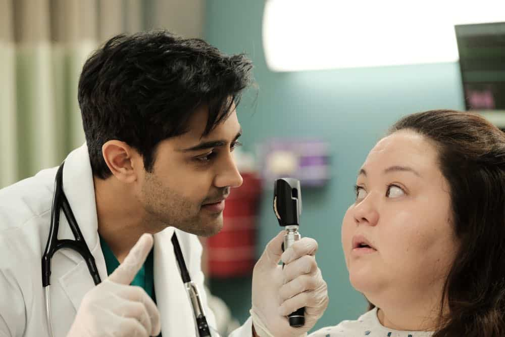 "THE RESIDENT: L-R: Manish Dayal and guest star Jolene Purdy in the ""And the Nurses Get Screwed…"" episode of THE RESIDENT airing Monday, April 23 (9:00-10:00 PM ET/PT) on FOX. ©2018 Fox Broadcasting Co. Cr: Guy D'Alema/FOX"