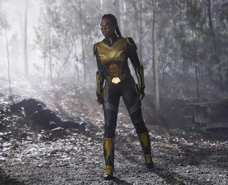 """Black Lightning -- """" Shadow of Death: The Book of War"""" -- Image BLK113b_0010b.jpg -- Pictured: Nafessa Williams as Thunder -- Photo: Bob Mahoney/The CW -- © 2018 The CW Network, LLC. All rights reserved"""
