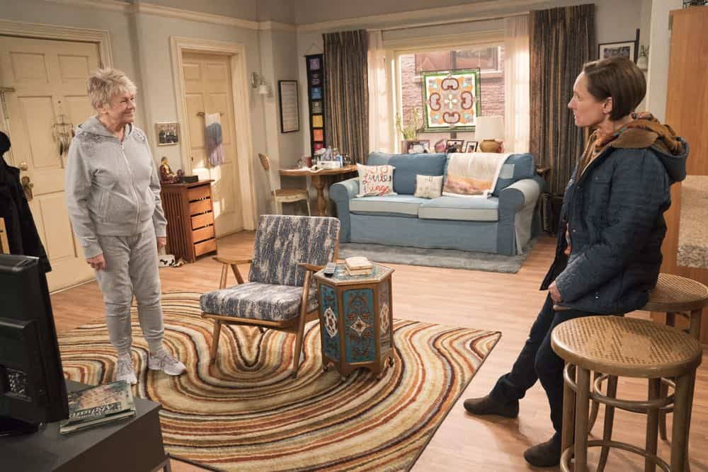 Roseanne Episode 6 Season 10 No Country for Old Women 14