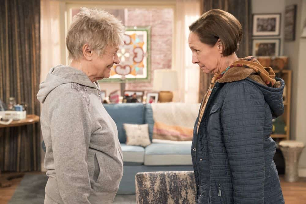 Roseanne Episode 6 Season 10 No Country for Old Women 15