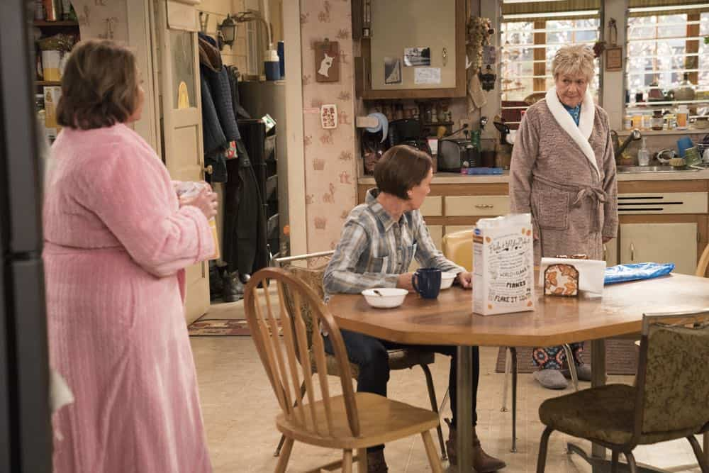 Roseanne Episode 6 Season 10 No Country for Old Women 01