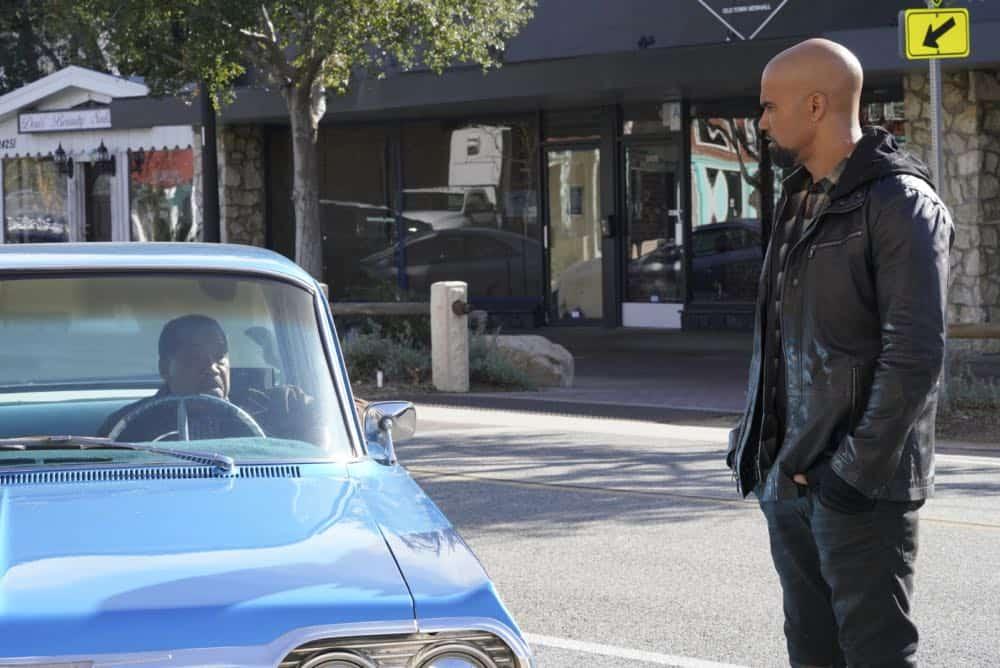 SWAT Episode 18 Season 1 Patrol 12