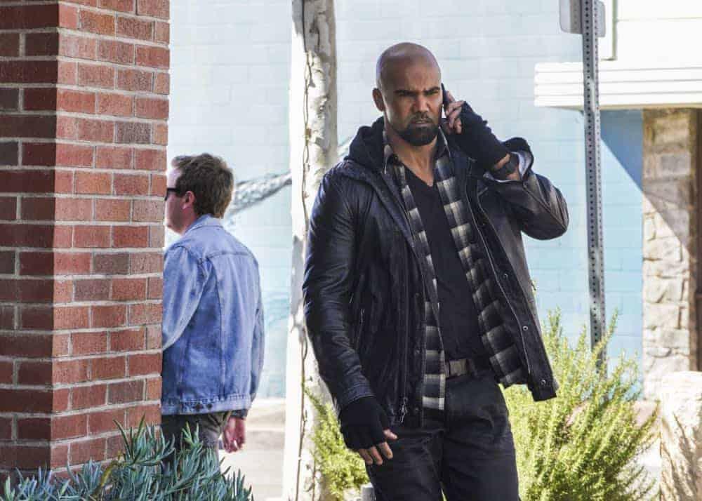 SWAT Episode 18 Season 1 Patrol 09