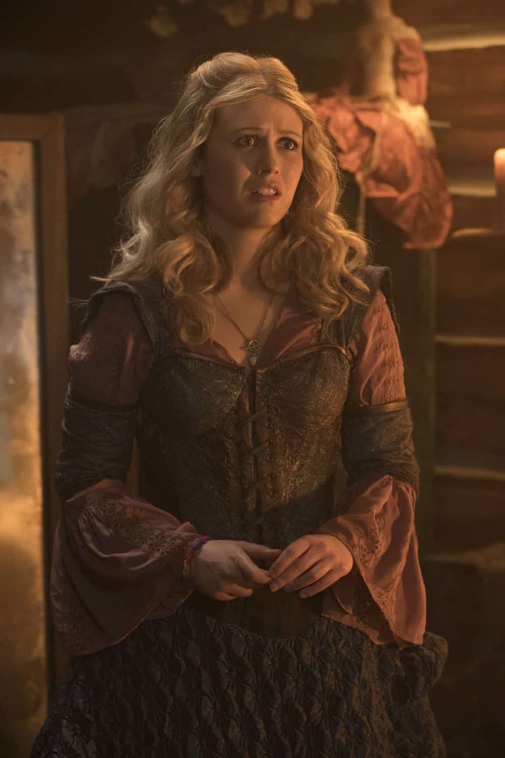 Once Upon A Time Episode 18 Season 7 The Guardian 19