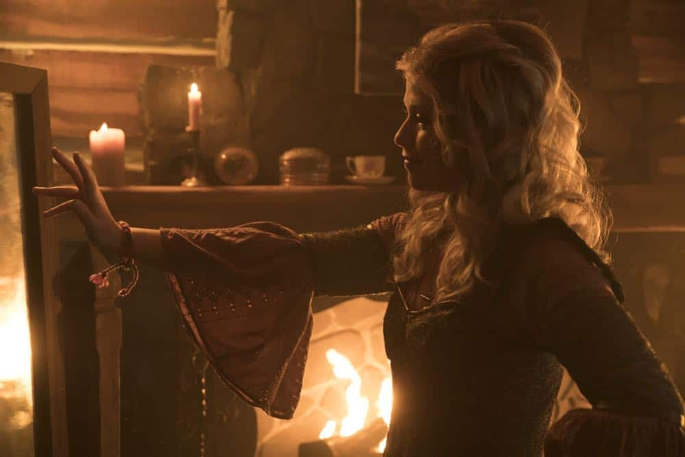 Once Upon A Time Episode 18 Season 7 The Guardian 12