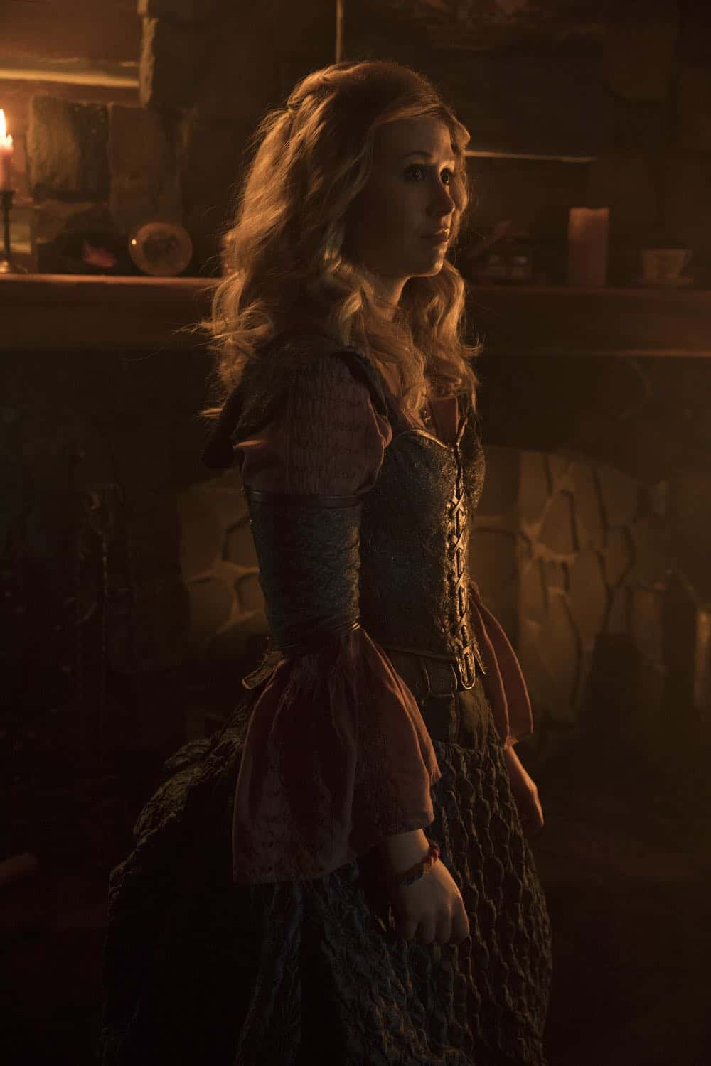Once Upon A Time Episode 18 Season 7 The Guardian 13