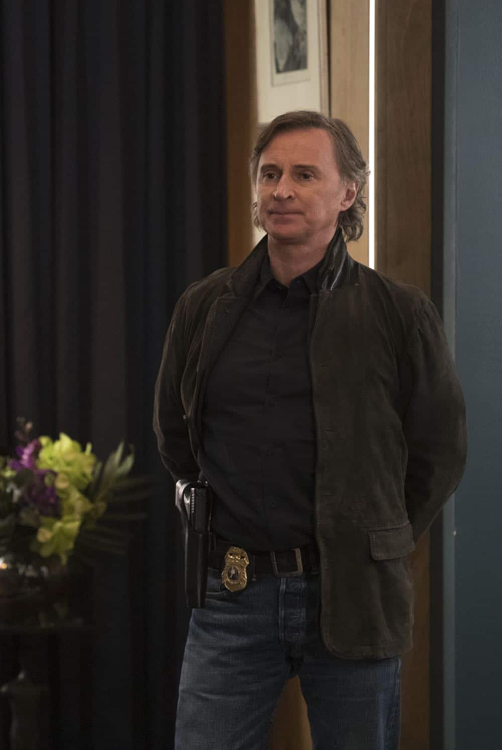 Once Upon A Time Episode 18 Season 7 The Guardian 01