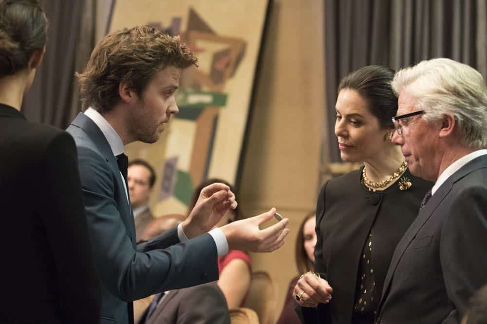 "DECEPTION - ""Sacrifice 99 to Fool One"" - The FBI calls on Jonathan Black to help stop the Mystery Woman from committing her next crime, on ABC's ""Deception,"" airing TUESDAY, APRIL 24 (10:00-11:00 p.m. EDT), on The ABC Television Network. (ABC/Giovanni Rufino) JACK CUTMORE-SCOTT, IRIS DELGADO"