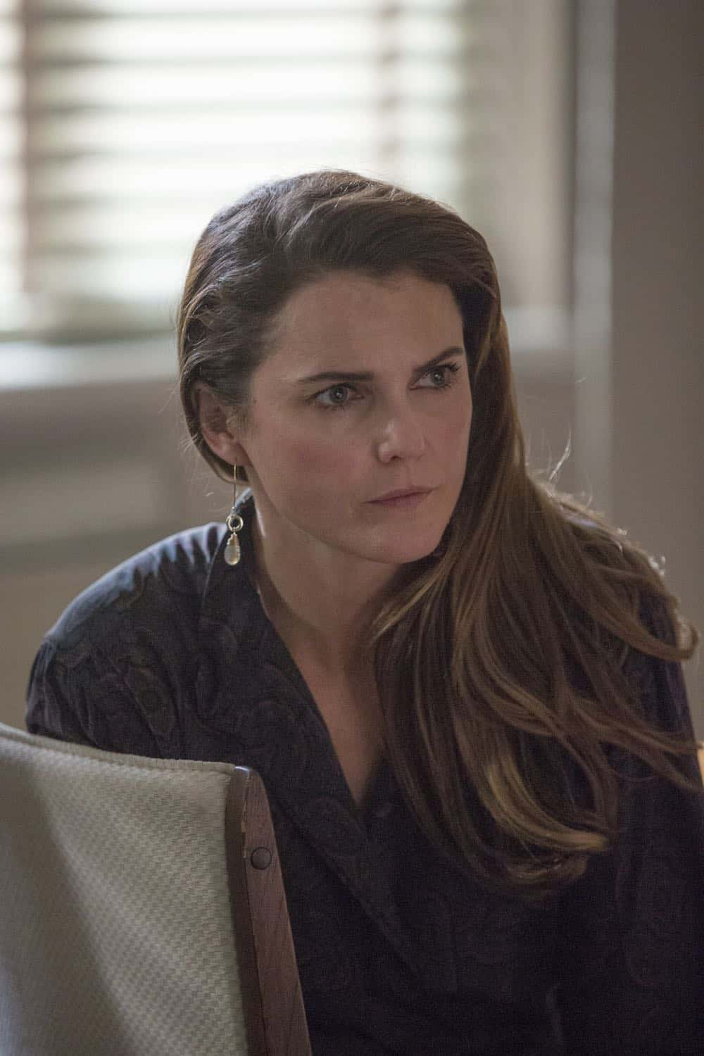 "THE AMERICANS -- ""The Great Patriotic War"" -- Season 6, Episode 5 (Airs Wednesday, April 25, 10:00 pm/ep) -- Pictured: Keri Russell as Elizabeth Jennings. CR: Eric Liebowitz/FX"