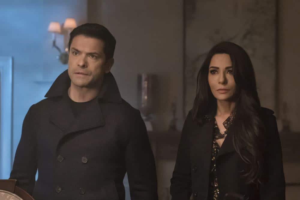 "Riverdale -- ""Chapter Thirty-Two: Prisoners"" -- Image Number: RVD219a_0017.jpg -- Pictured (L-R): Mark Consuelos as Hiram and Marisol Nichols as Hermione -- Photo: Katie Yu/The CW -- © 2018 The CW Network, LLC. All Rights Reserved."