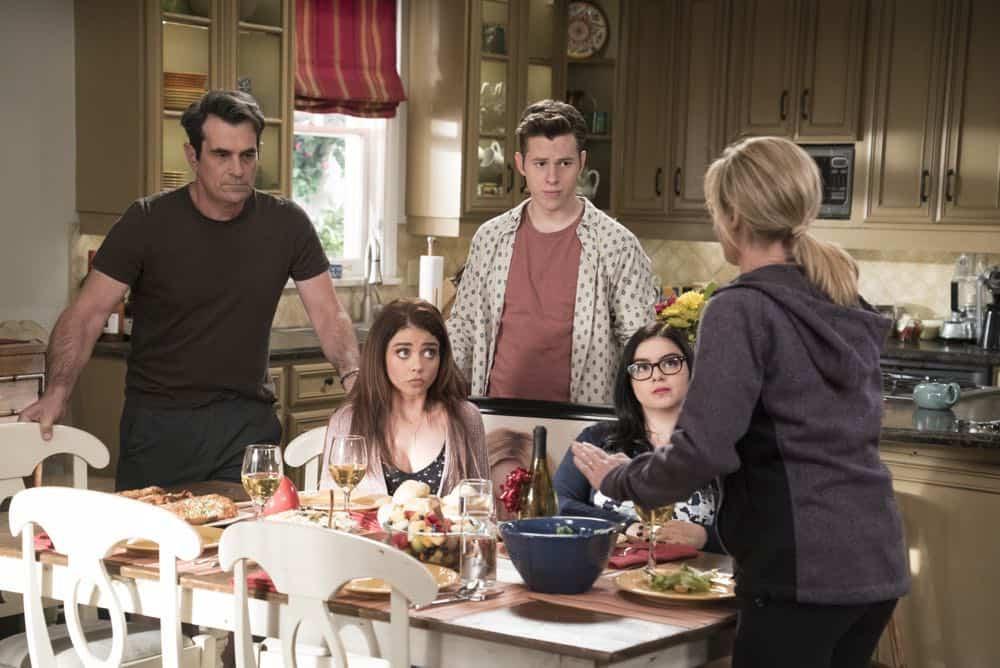 Modern Family Episode 20 Season 9 Mother 15