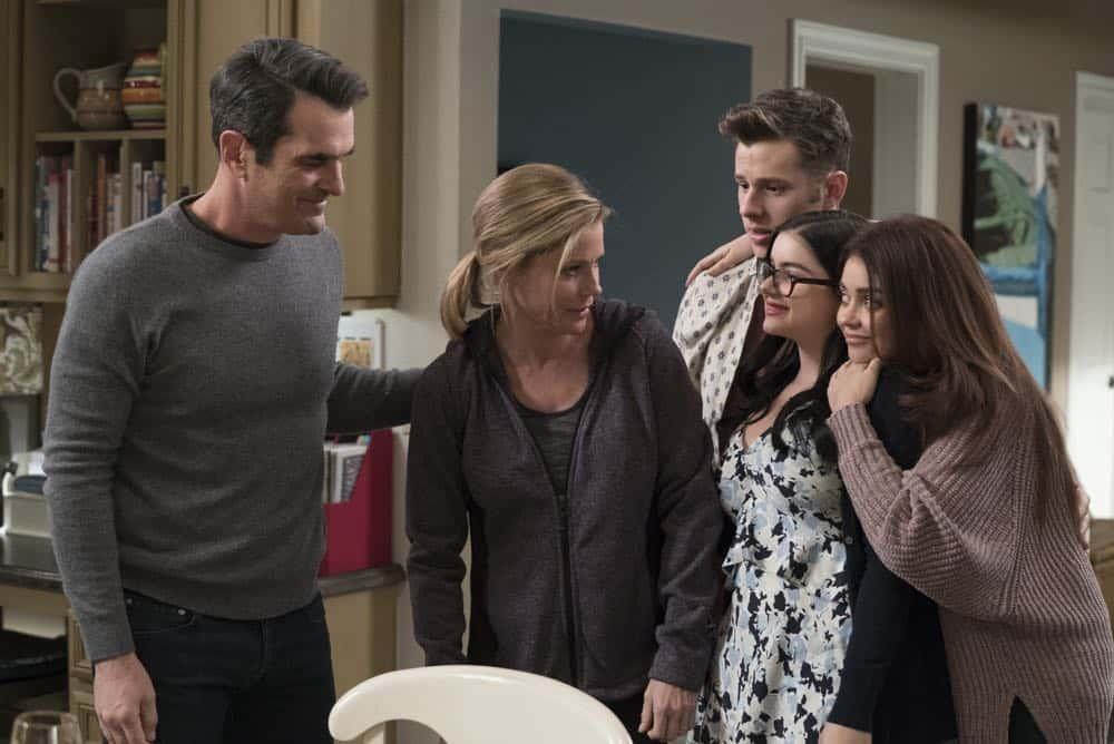 Modern Family Episode 20 Season 9 Mother 22