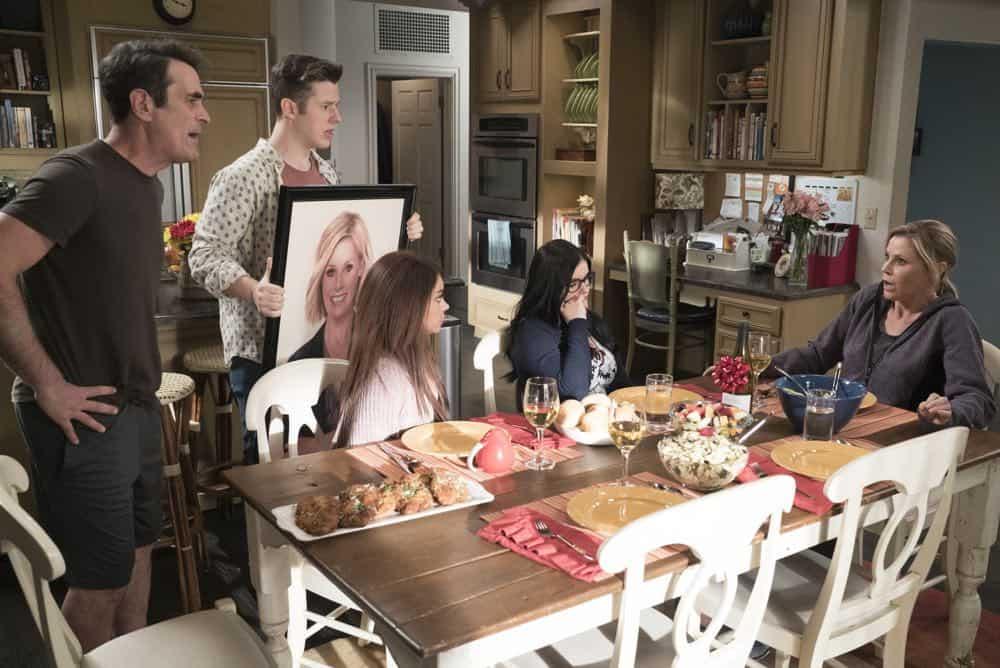 Modern Family Episode 20 Season 9 Mother 25