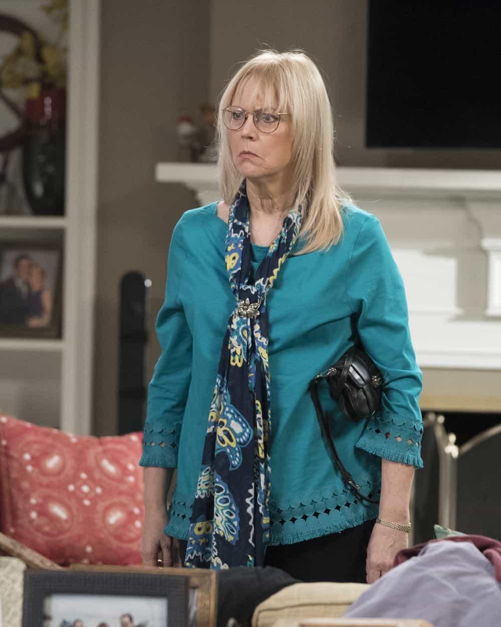 Modern Family Episode 20 Season 9 Mother 27
