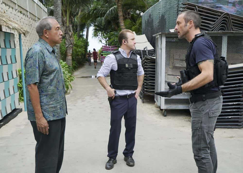 """""""Kōpī wale nō i ka i'a a 'eu nō ka ilo."""" -- Five-0 must help Duke after he is forced to steal crucial evidence from the police locker in exchange for his kidnapped granddaughter. Also, Jerry goes undercover at a mental health facility in order to solve a murder, on HAWAII FIVE-0, Friday, April 27 (9:00-10:00 PM, ET/PT) on the CBS Television Network. Pictured L to R: Dennis Chun as Sgt. Duke Lukela , Scott Caan as Danny """"Danno"""" Williams, and Alex O'Loughlin as Steve McGarrett. Photo: Karen Neal/CBS ©2018 CBS Broadcasting, Inc. All Rights Reserved  (""""Kōpī wale nō i ka i'a a 'eu nō ka ilo."""" is Hawaiian for """"Though the Fish is Well Salted, the Maggots Crawl."""")"""