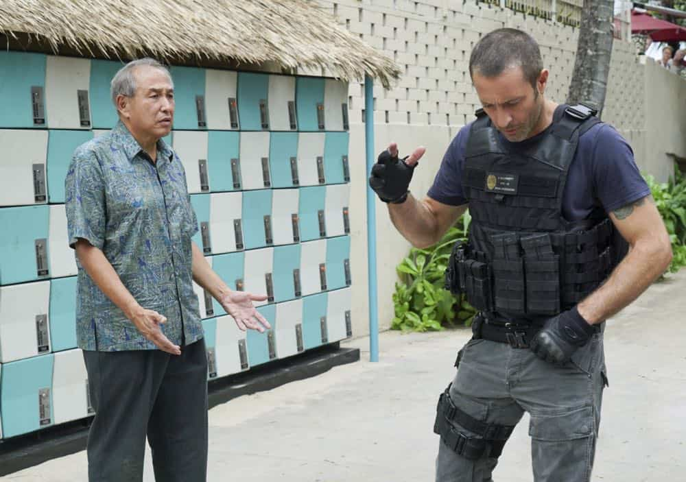 """""""Kōpī wale nō i ka i'a a 'eu nō ka ilo."""" -- Five-0 must help Duke after he is forced to steal crucial evidence from the police locker in exchange for his kidnapped granddaughter. Also, Jerry goes undercover at a mental health facility in order to solve a murder, on HAWAII FIVE-0, Friday, April 27 (9:00-10:00 PM, ET/PT) on the CBS Television Network. Pictured L to R: Dennis Chun as Sgt. Duke Lukela and Alex O'Loughlin as Steve McGarrett. Photo: Karen Neal/CBS ©2018 CBS Broadcasting, Inc. All Rights Reserved  (""""Kōpī wale nō i ka i'a a 'eu nō ka ilo."""" is Hawaiian for """"Though the Fish is Well Salted, the Maggots Crawl."""")"""