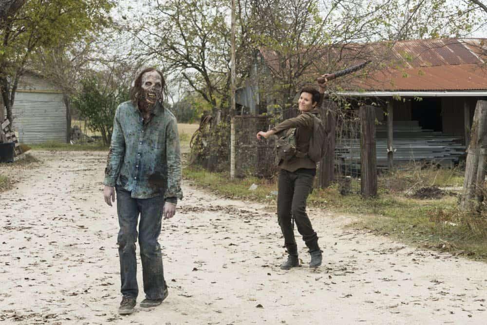Fear The Walking Dead Episode 3 Season 4 Good Out Here 06