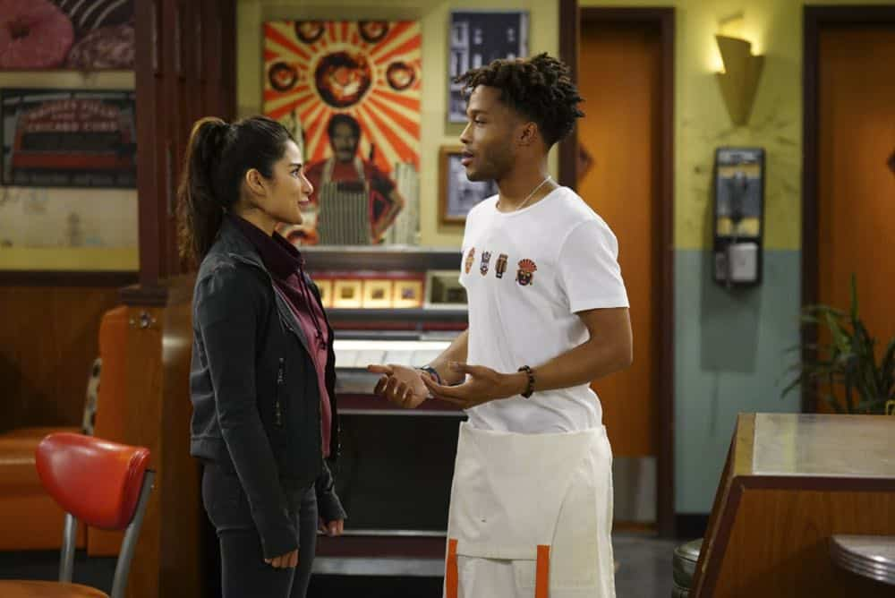 Superior Donuts Episode 19 Season 2 The ICEMen Cometh 11