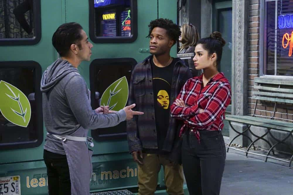 Superior Donuts Episode 19 Season 2 The ICEMen Cometh 07