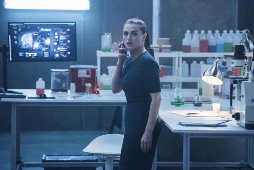 Supergirl Episode 16 Season 3 Of Two Minds 05
