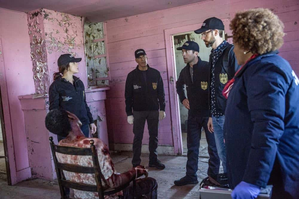 NCIS New Orleans Episode 21 Season 4 Mind Games 06