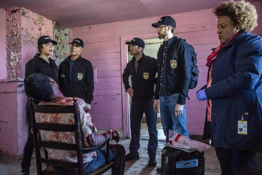 NCIS New Orleans Episode 21 Season 4 Mind Games 07