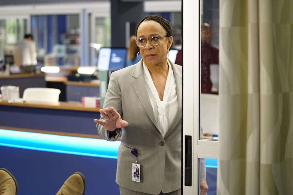Chicago Med Episode 18 Season 3 This Is Now 02