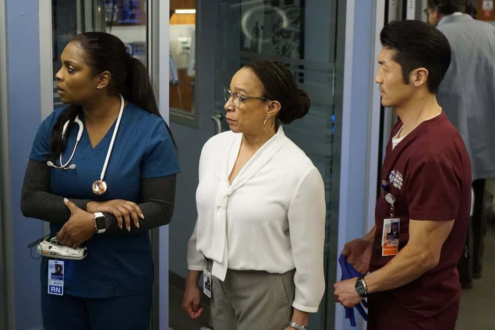 Chicago Med Episode 18 Season 3 This Is Now 09