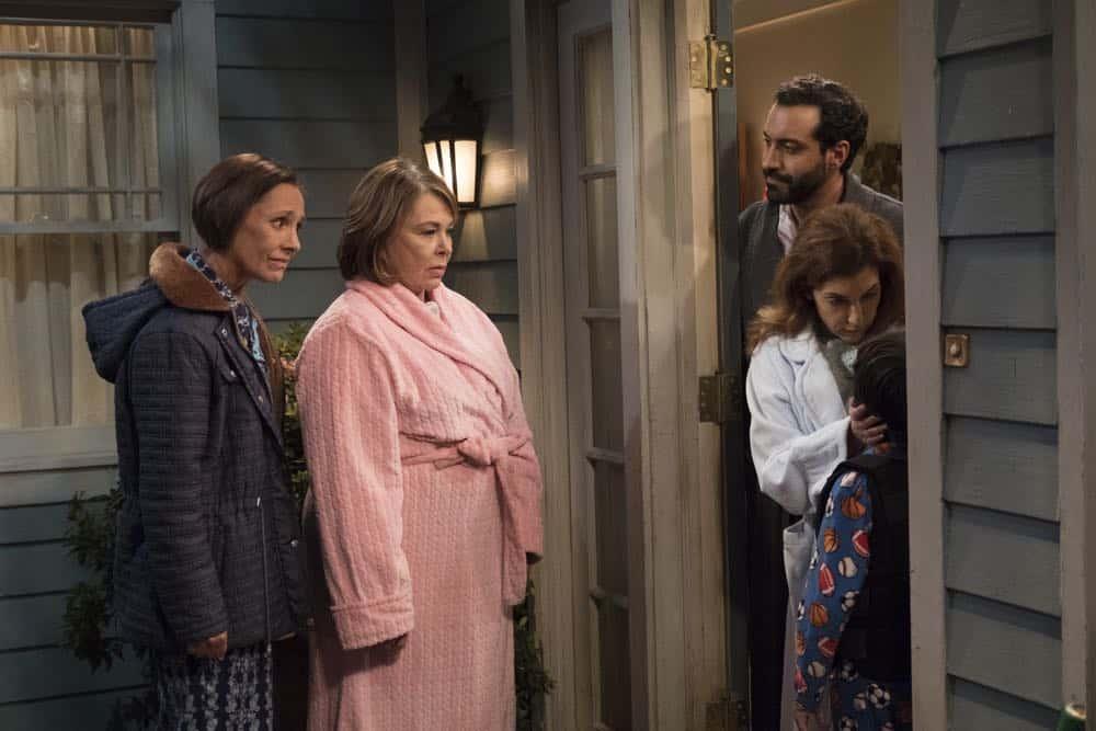 Roseanne Episode 7 Season 10 Go Cubs 20