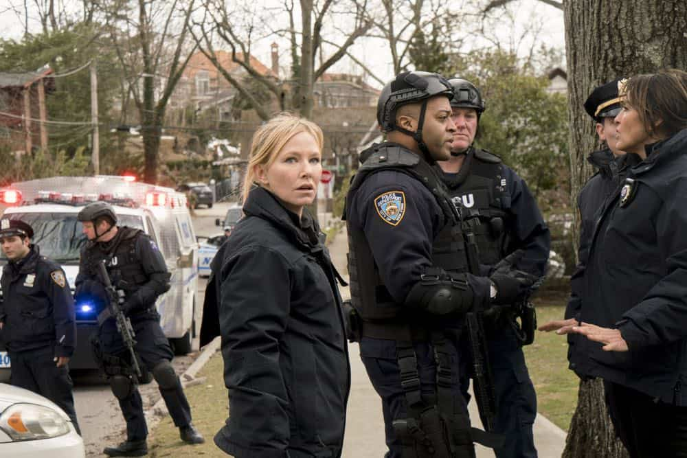 Law And Order SVU Episode 20 Season 19 The Book of Esther 06