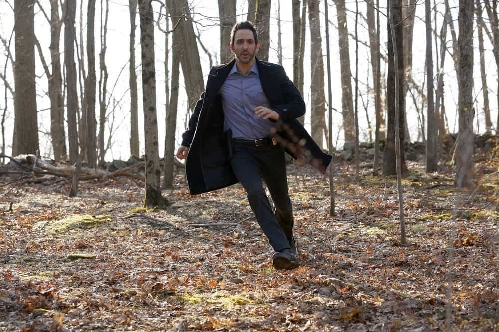 The Blacklist Episode 21 Season 5 Lawrence Dane Devlin 26 02