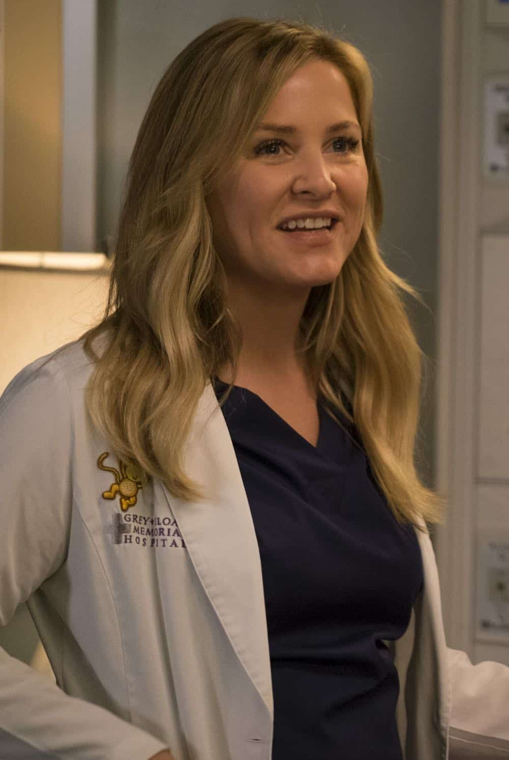 Greys Anatomy Episode 22 Season 14 Fight For Your Mind 24