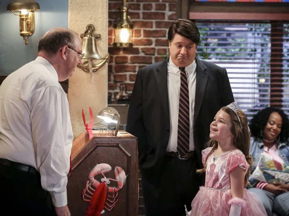 Young Sheldon Episode 21 Season 1 Summer Sausage Pocket Poncho Tony Danza 02
