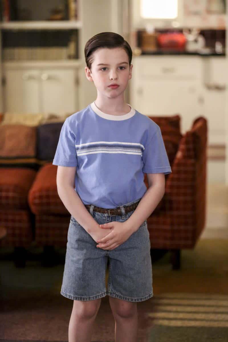 Young Sheldon Episode 21 Season 1 Summer Sausage Pocket Poncho Tony Danza 13