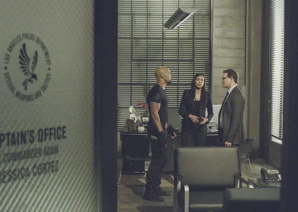 SWAT Episode 20 Season 1 Vendetta 12