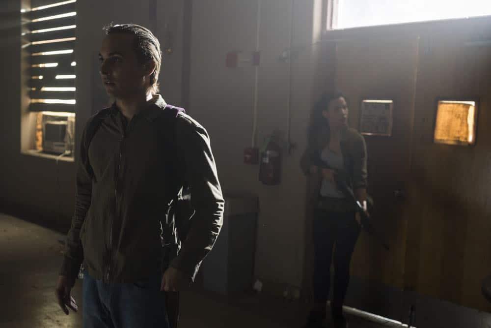 Fear The Walking Dead Episode 4 Season 4 Buried 08