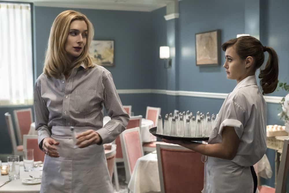 Caitlin FitzGerald (Simone), Ella Purnell (Tess) Season One