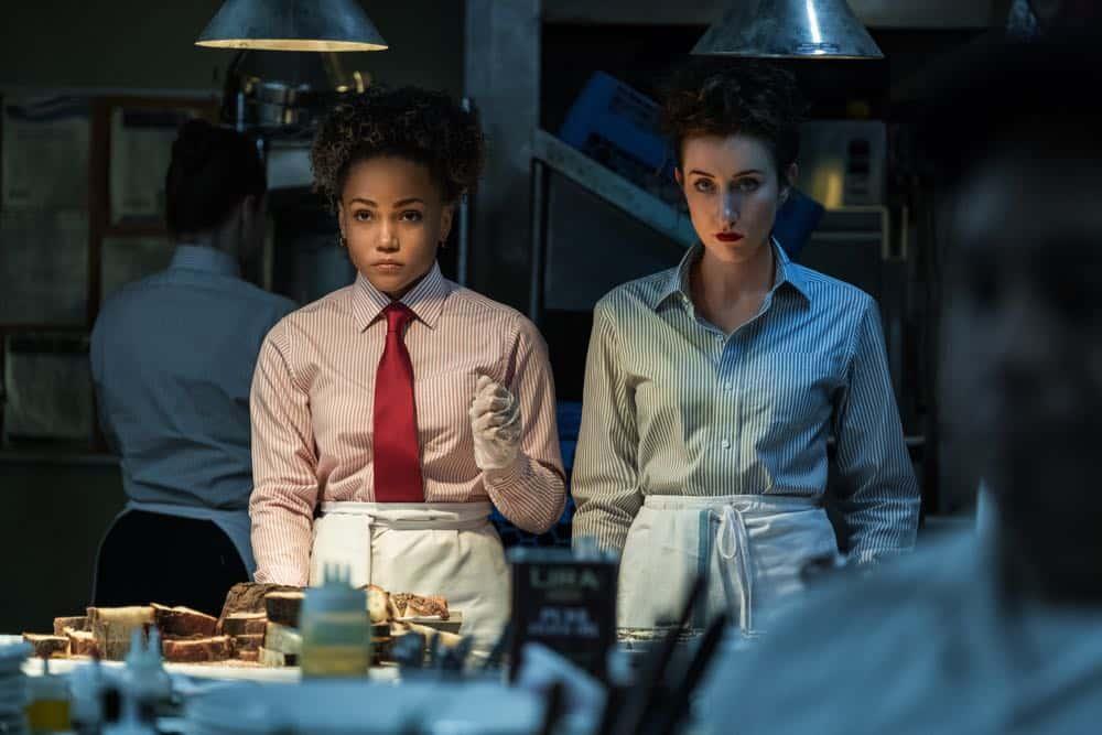 Jasmine Mathews (Heather), Eden Epstein (Ari) - Sweetbitter Season 1