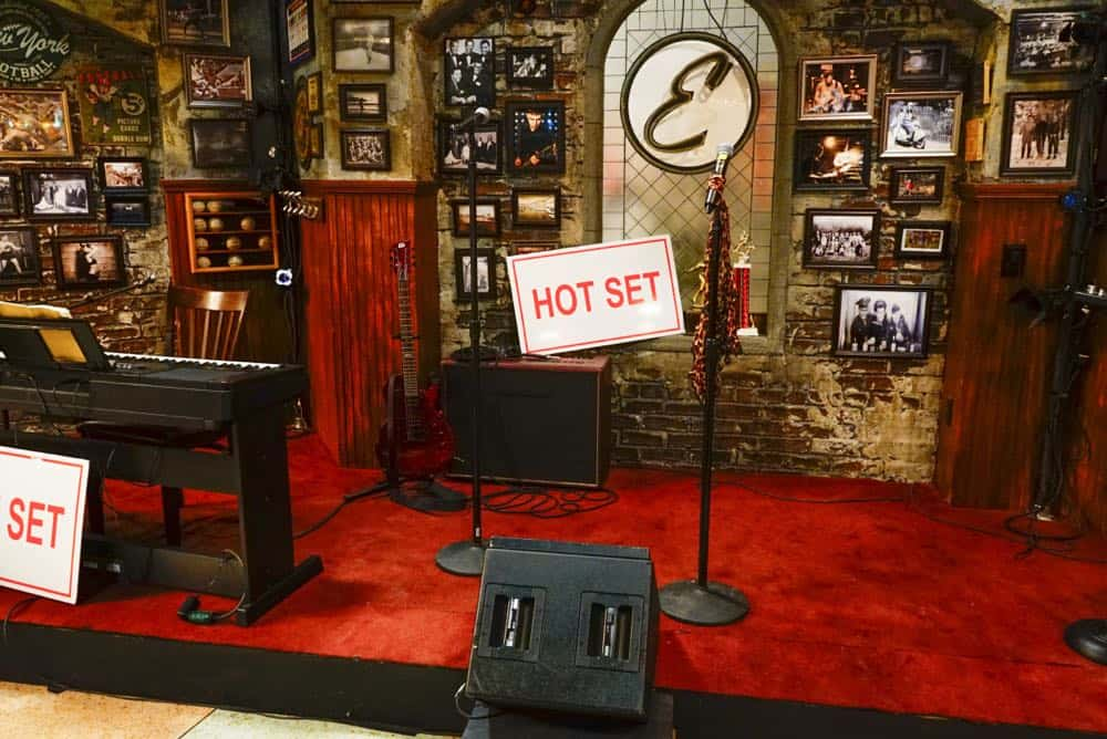 Kevin Can Wait Episode 24 Season 2 A Band Done 05
