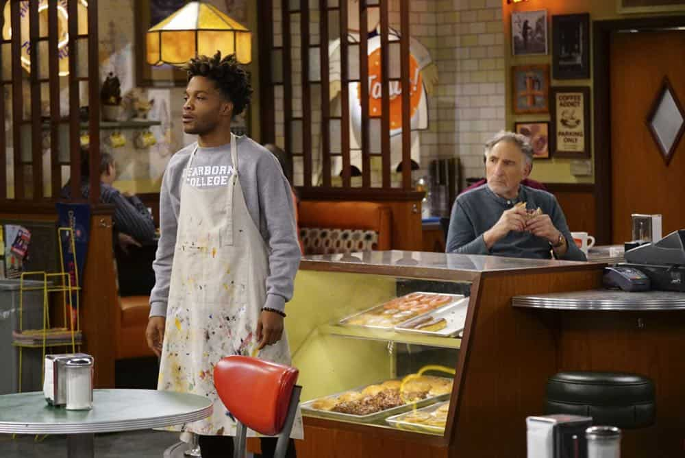 Superior Donuts Episode 20 Season 2 Broken Art 14